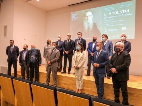 LA COLECCIÓN DEL MUSEO RUSO PRESENTA LA EXPOSICIÓN ANUAL GUERRA Y PAZ EN EL ARTE RUSO Y LAS TEMPORALES IVÁN AIVAZOVSKY Y LOS PINTORES MARINISTAS EN RUSIA Y LEV TOLSTÓI. EL CAMINO DE LA VIDA