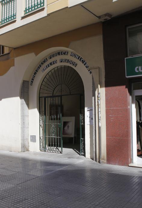 """Biblioteca Pública Municipal """"Emilio Prados"""" (Palo)"""